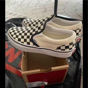 Vans classic checkered slip on unisex youth size 3